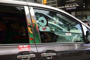Conductores de Uber y Lyft planean huelga en protesta por recorte en pagos en Chicago y otras ciudades del país