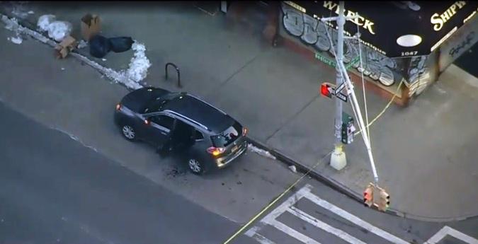 Ciclista asesina a pasajero hispano dentro de un vehículo Uber en Brooklyn