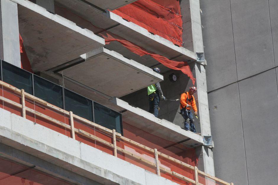 Nulo avance en rebajar el riesgo de muerte de los trabajadores latinos