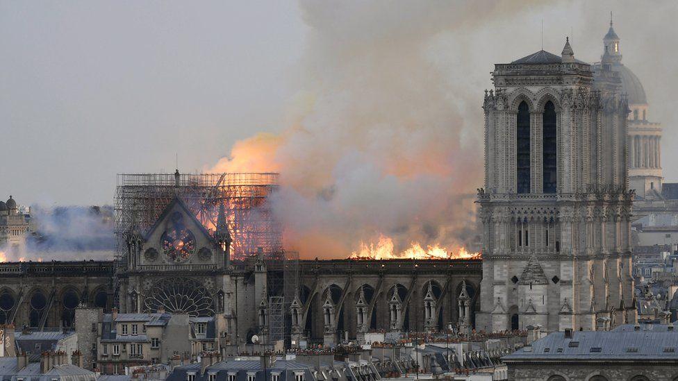 Notre Dame, lo que se sabe del devastador incendio en la catedral de París