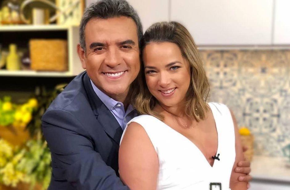 Héctor Sandarti se roba el show en Un Nuevo Día, y ni Rashel Díaz o Adamari López pueden con él