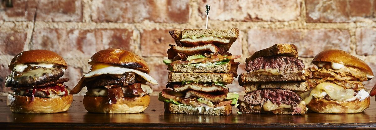 Black Iron Burger, hamburguesas neoyorquinas con toque sevillano