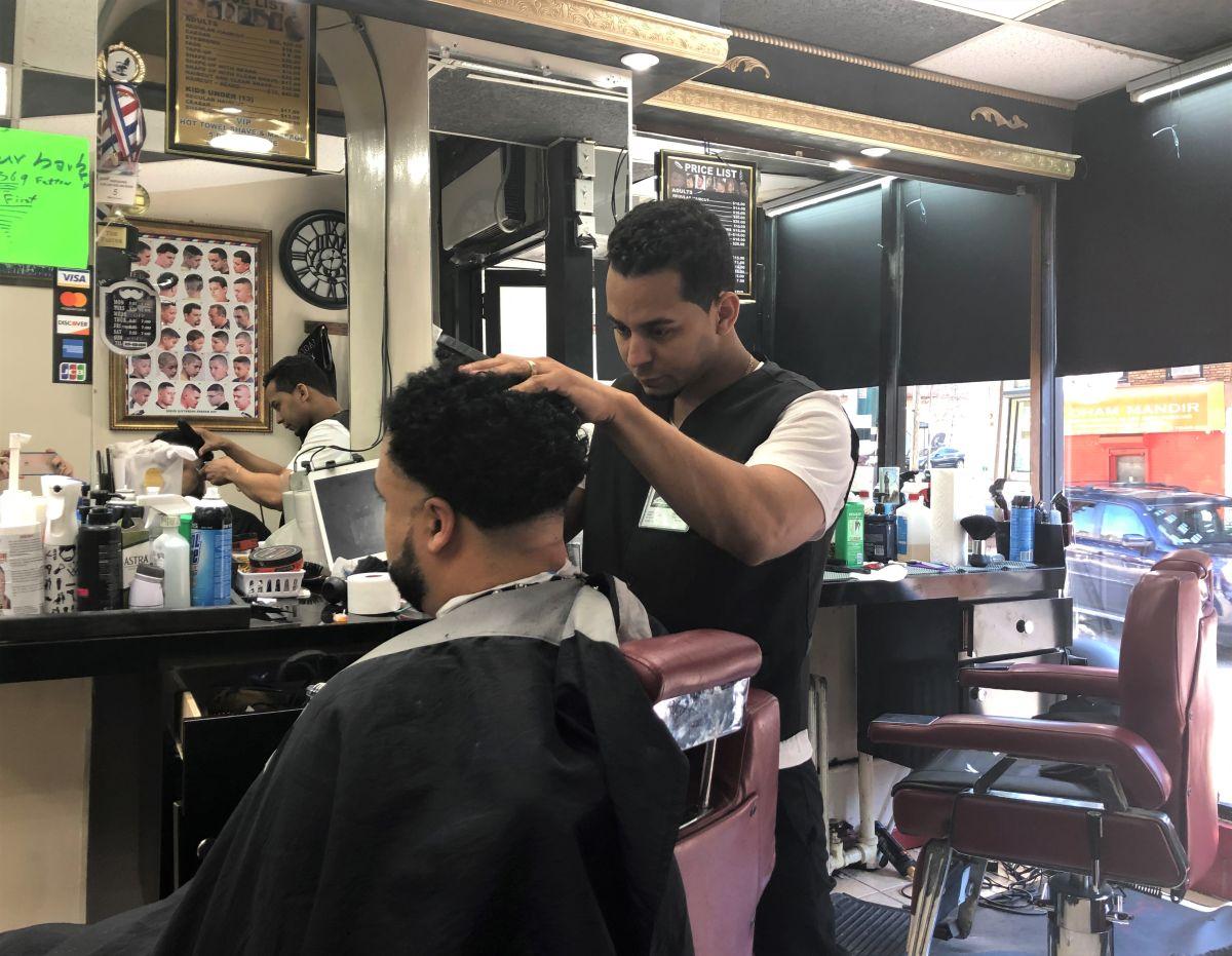 NYC trata de devolver oportunidades a pequeños negocios