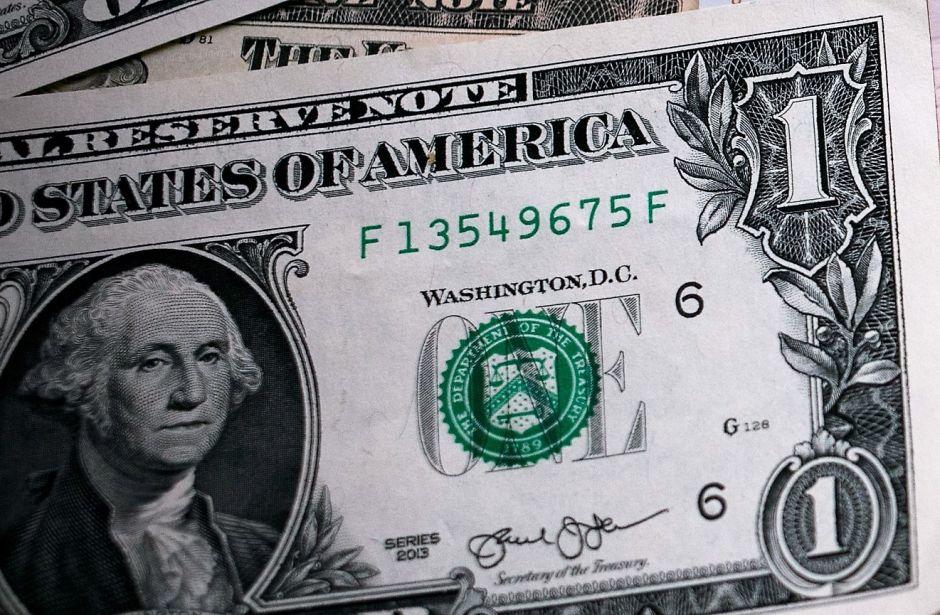 A cuánto se vende el dólar en México: el peso abre semana con pérdidas
