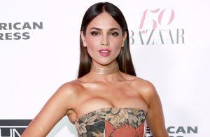 Eiza González aparece con un impresionante vestido para Vogue y algunos se burlan al decir que parece cobija