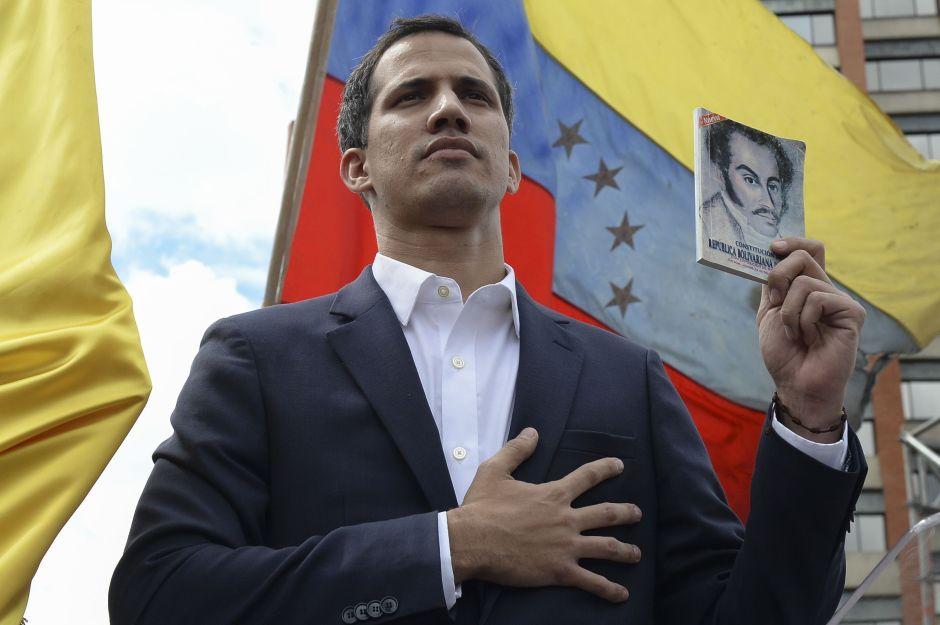 Inhabilitación de Juan Guaidó: ¡nada legal surge de un gobierno espurio!