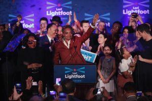 Lori Lighfoot asume oficialmente la alcaldía de Chicago
