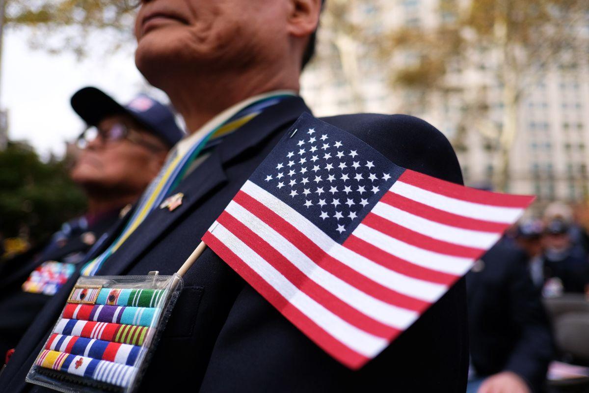 Los veteranos enfrentan problemas de atención médico y laboral.