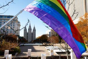 Mormones bautizarán a hijos de parejas de la comunidad LGBTQ