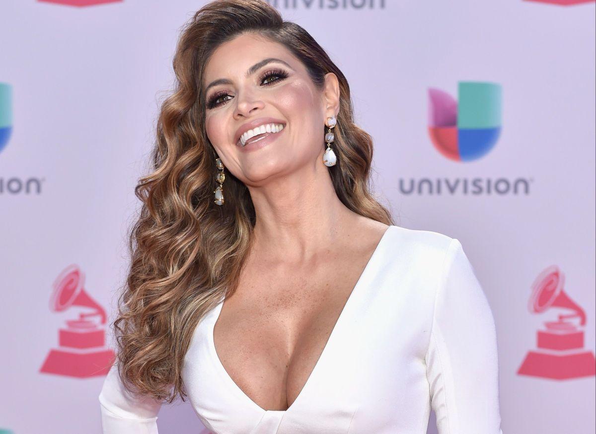 El vestido semitransparente de Chiquinquirá Delgado que marcó su sensual silueta