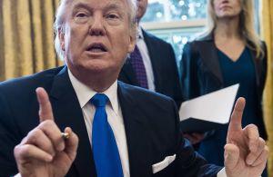 Departamento de Justicia reducirá sentencia a exasesor de Trump tras críticas del presidente por condena