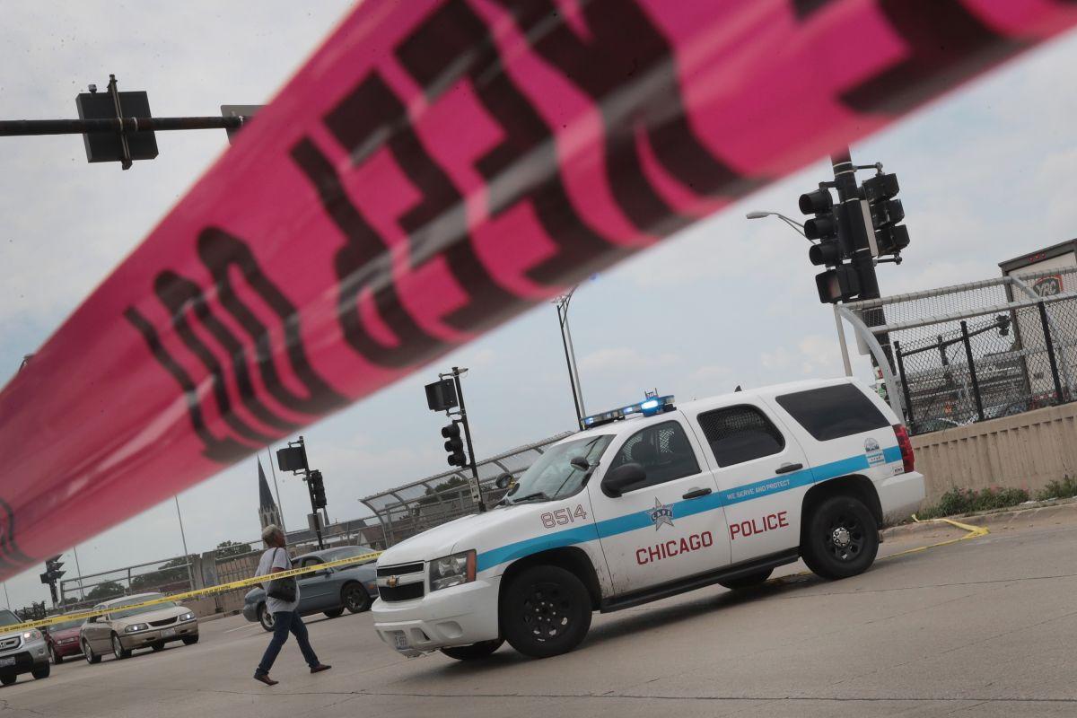 13 heridos por tiroteo durante tributo a hombre asesinado en Chicago