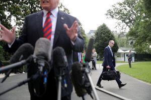 Trump endurecerá más su política migratoria