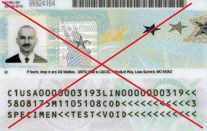 """El tipo de inmigrantes con """"green card"""" en riesgo de perderla"""