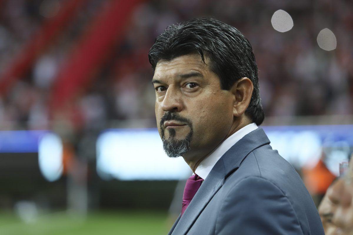 """Cardozo rompe el silencio: """"Chivas le queda grande a muchos jugadores"""""""
