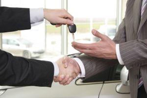 ¿Quieres comprar un auto en Craigslist? Sigue estos pasos para no ser estafado