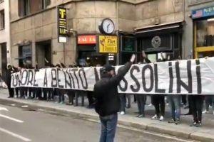Aficionados de la Lazio honran a ¡Benito Mussolini! a 74 años de su muerte