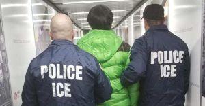 Liberados 174 indocumentados de los 280 detenidos en la mega redada de Texas