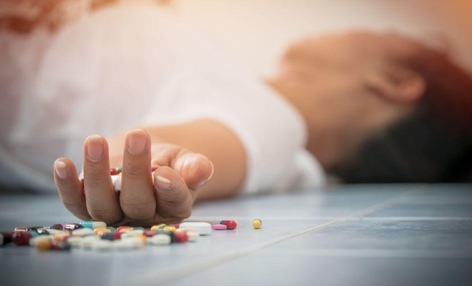Dominicana de 18 años se habría suicidado porque tenía coronavirus y el novio la dejó