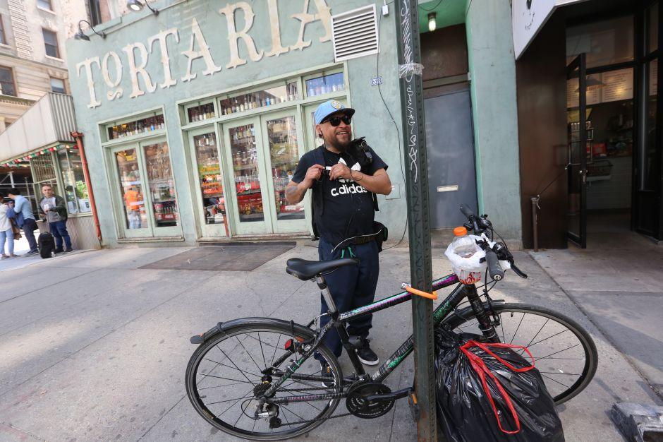 'Deliveries' denuncian multas ilegales y decomisos de bicicletas por el NYPD
