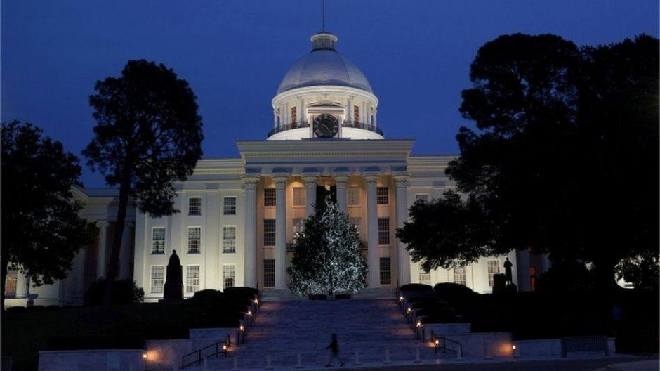 Alabama aprueba severa ley contra aborto: ¿cómo puede llevar a penalizar el aborto en EEUU?