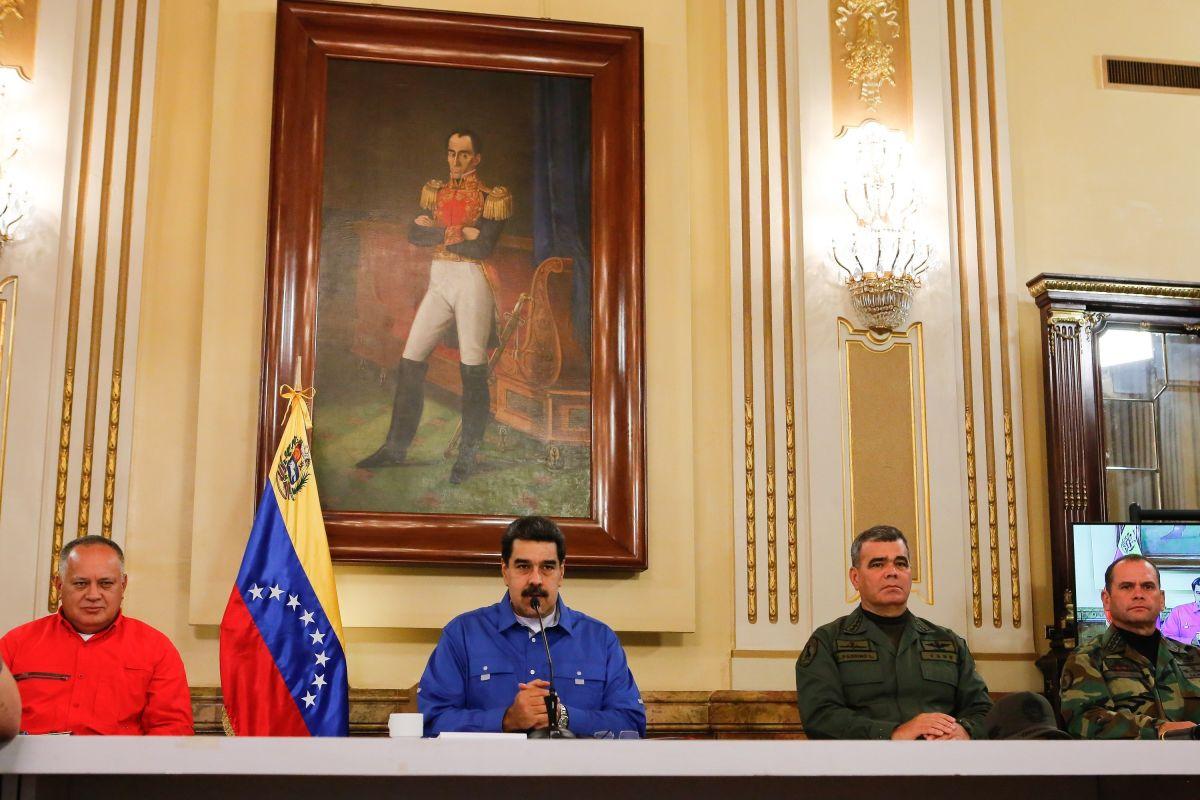 Chavistas que negociaban la salida de Maduro apagaron los celulares