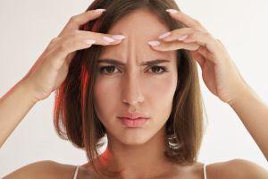 ¿Cómo podemos eliminar las arrugas del rostro de manera natural?