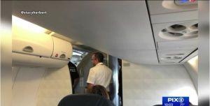 Pasajera suicida intentó abrir puerta de avión en vuelo a Nueva York