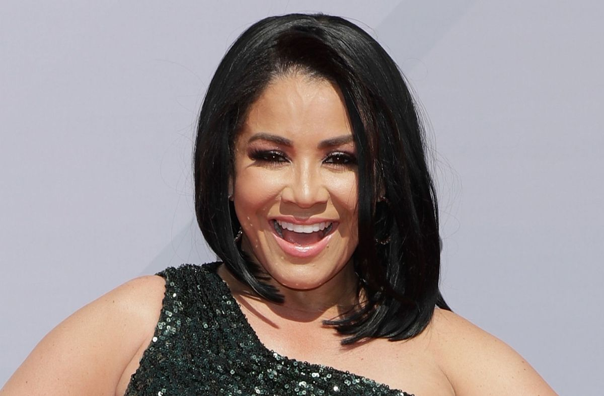 Carolina Sandoval, estrella de Suelta La Sopa, presume tremenda tanguita negra en Instagram