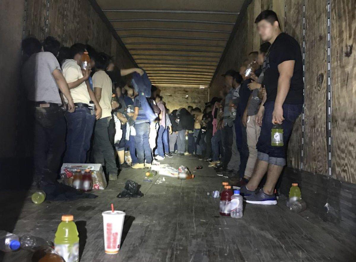 Patrulla Fronteriza rescata a 120 personas encerradas en un camión en Texas