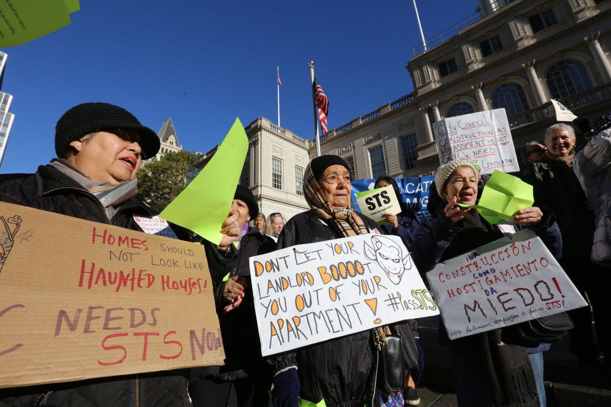 Concejo Municipal refuerza lucha contra el acoso a inquilinos con 17 nuevas leyes