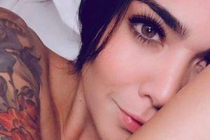 FOX Sports: Erika Fernández y su sexy pero pecaminoso mini vestido rojo