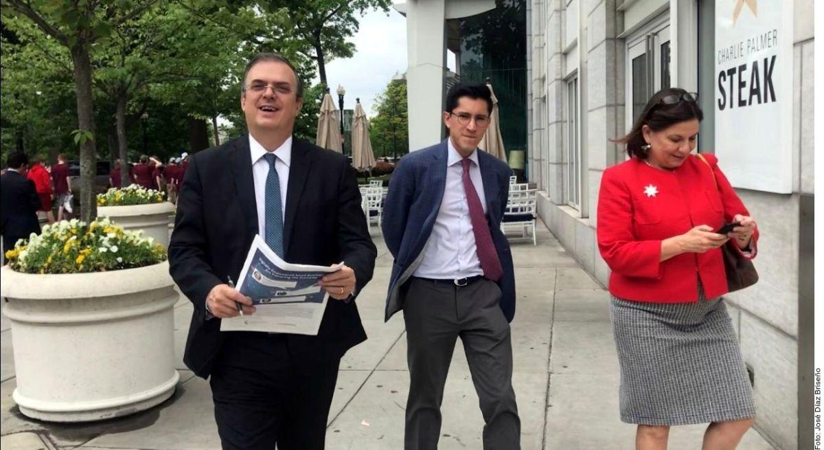 AMLO envía a funcionarios de alto nivel a la Casa Blanca en medio de conflicto migratorio