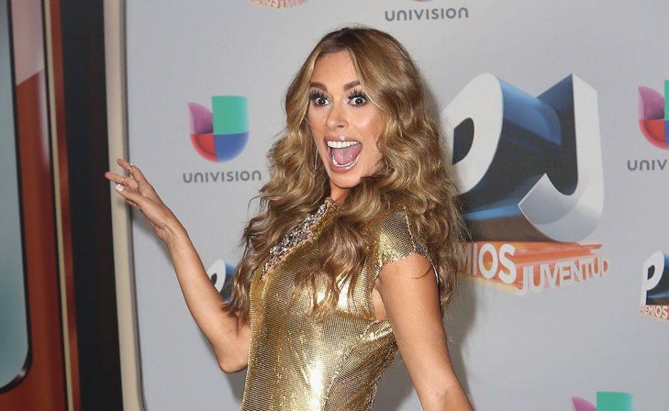 Galilea Montijo confirma que le enviaron un vídeo íntimo en donde uno de sus senos es la noticia
