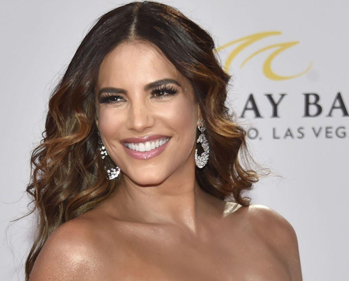Famoso actor expone otro sexy bikinazo de Gaby Espino, y otros también recuerdan su tanguita blanca