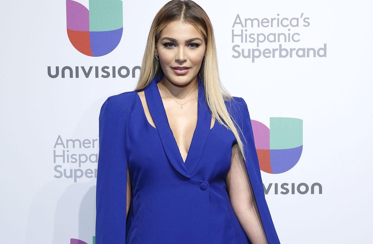 Nuestra Belleza Latina Migbelis Castellanos dijo presente en el Upfront 2019-2020 de Univision