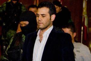 Premian al Vicentillo hijo del Mayo Zambada por traicionar al Chapo Guzmán y lo liberan