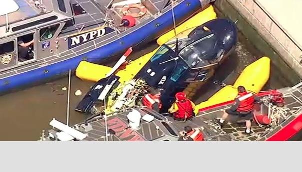 Helicóptero cayó en el río Hudson tratando de aterrizar en Nueva York