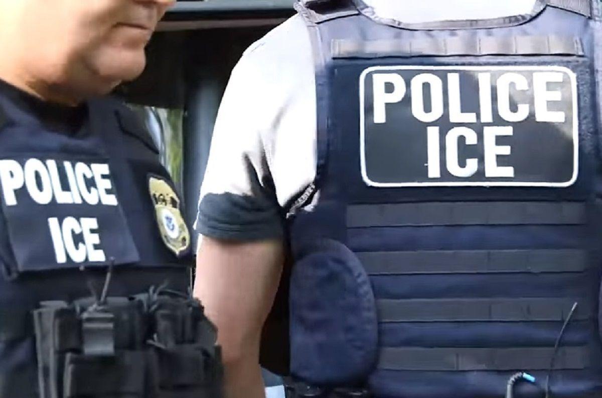 ICE avanza en sus esfuerzos de que empresas contraten a indocumentados.