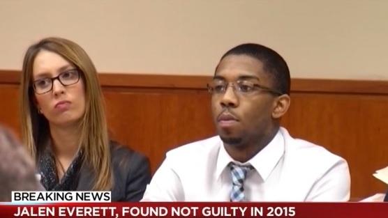 Muere baleado tras quedar libre en acusación por triple homicidio en club de Nueva York
