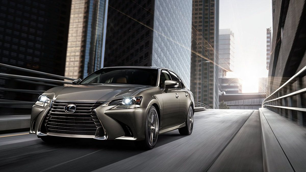 Explora la fuerza y diseño del Lexus GS + VIDEO