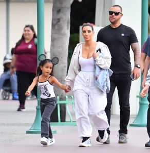 Kim Kardashian muestra la prueba del temprano talento artístico de su hija North