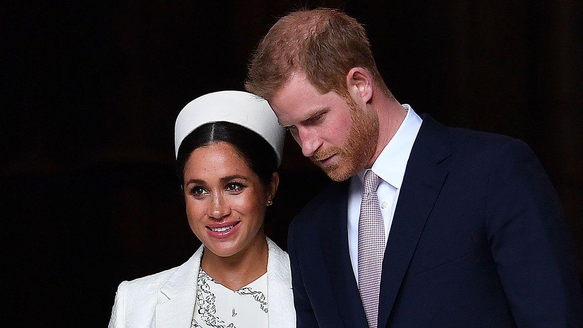 El príncipe Harry deja a Meghan Markle, la duquesa de Sussex, por una justa razón