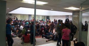 Agentes migratorios hacen redadas en hoteles de Tapachula, Chiapas