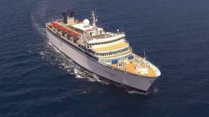 Crucero de la Cienciología en cuarentena por sarampión