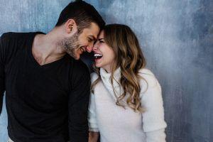 ¿Por qué las parejas engordan juntas? Estudio confirma los motivos