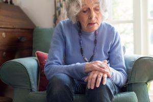 Conoce los síntomas de la enfermedad de Parkinson y sus factores de riesgo