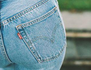 La dolorosa condición vaginal que sufren las mujeres que usan jeans ajustados