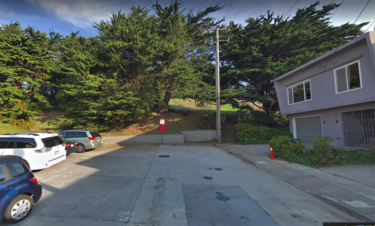 Secuestra a una mujer de 74 años y la viola por 5 horas en San Francisco