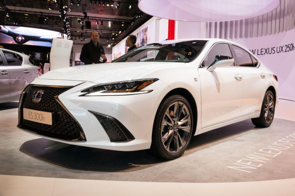 ¿Cuál es la potencia y diseño del Lexus Es 2019? (VIDEO)